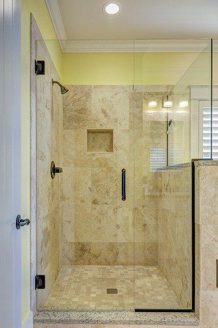 Jednodrzwiowa kabina prysznicowa