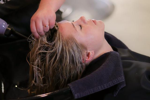 Profesjonalna pielęgnacja, jak z salonu fryzjerskiego