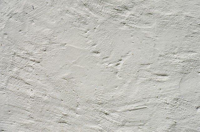 Szorstka faktura wykończenia ściany